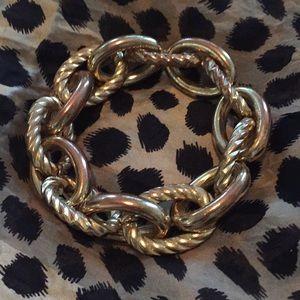Gold link chain stretch bracelet.